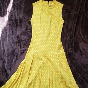 1960s mod yellow and white polka dot shift dress